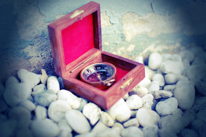 compass_by_thesamelie-d50u4na